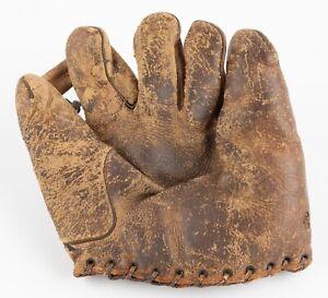 Vintage Leather Baseball Glove - Mitt / Pat Sullivan Used 1930 / DUBOW - Chicago