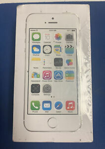Apple iPhone 5s New In Box - 16GB - Silver (Sprint) A1453 ME351LL/A