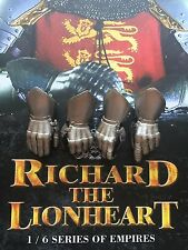 COO Models Richard the Lionheart Armored Hands x 4 loose 1/6th scale