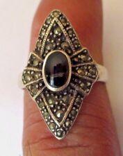 Ancienne bague bijou vintage argent 925 poinçon marcassites cabochon noir 648