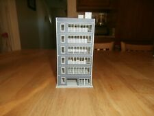 UNKNOWN MAKE N-SCALE 6-STORY OFFICE BUILDING- GRAY & CREAM    IN COLOR