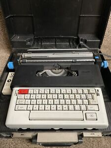 Vtg Olivetti Lettera 36C Portable Electric Typewriter