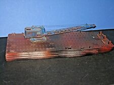 Ho Heavy Barge & Heavy tracked crane Assembled & weathered, unlettered. C-7 bd