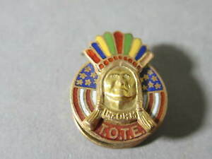 ANTIQUE C.1900 IMPROVED ORDER of THE RED MAN TOTE ENAMELED CHIEF SCREW LAPEL PIN