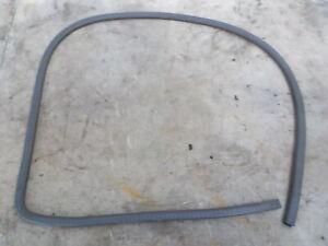 90-95 Toyota 4Runner Body Mounted Driver Left Front Door Seal Gray Trim OEM