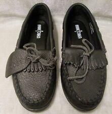 Minnetonka  Women's Moosehide Kilty Black  Moccasin Style 399 Size 9