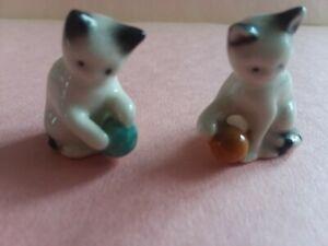 Miniature 2 Goebel Kitten Cat Playing with Yarn / Ball Figurine W. Germany