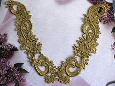 VENISE LACE APPLIQUE GOLD METALLIC MEDALLION PARTY JEWELRY 20 pcs 1788
