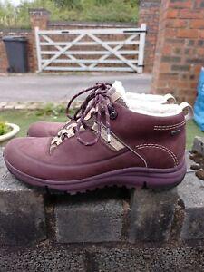 Ladies Clarks Trigenic Goretex Walking Boots Size UK 5.5D