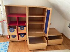 Kinderzimmer Aufbewahrung Regal und Schrank aus massivem Holz, guter Zustand