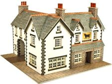 Metcalfe PN128 - Coaching Inn Die Cut Card Kit - N Gauge - 2nd Class Post