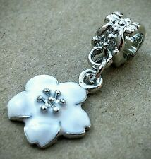 White Enamel Daisy Flower Silver Plated Dangle Bead fit European Charm Bracelet