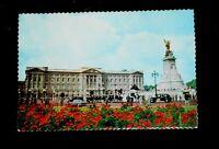 "Vintage Postcard Buckingham Palace - unposted - 5¾"" x 3 7/8"""