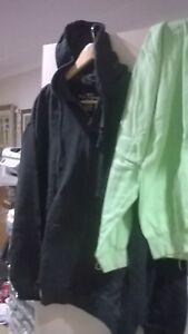 bulk lot of 4 unisex fleece sleevless jackets with hoodys