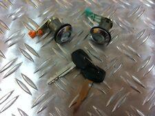 Landcruiser J4 Türschloßsatz , vorne rechts und links mit 2 Schlüssel