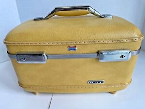 Vintage MCM American Tourister Train Case Vanity Luggage Yellow with Tray Mirror