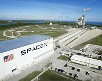 LAUNCH COMPLEX 39A SPACEX FACILITY @ KENNEDY SPACE CTR  8X10 NASA PHOTO (AB-586)