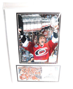 """2006 Carolina Hurricanes HOLDING Stanley Cup Matted Photos  16"""" x 12"""""""