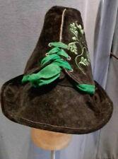 Tiroler Hut aus speckiger Vintage Meindl Trachten Lederhose schwarz-grün