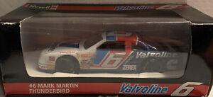 Mark Martin #6 Valvoline 1995 Thunderbird 1:24 Revell Die-Cast NASCAR