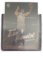 2018-19 Panini Chronicles Luka Doncic LUMINANCE ROOKIE RC Dallas Mavericks #166