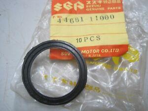 SUZUKI NOS OIL TANK CAP GASKET 44661-1100 T125 T20 TC120 TS250 GT500 T350 TC305