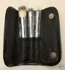It Cosmetics Beautiful Basics 3 Travel Brush Set for Face, Eye and Brow in Case