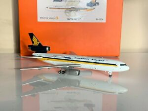 1:400 JC Wings McDonnell Douglas DC-10 Singapore Airlines 9V-SDA