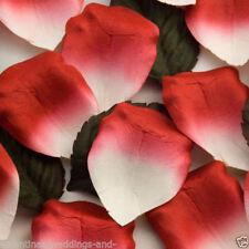 Flores, pétalos y guirnaldas rojos sin marca para bodas