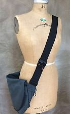 RICKSHAW BAGWORKS San Francisco NEW Gray Medium ZERO Messenger Bag CHATTER Rare