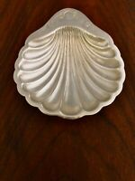 - AMERICAN STERLING SILVER FOOTED SHELL CANDY BOWL / NUT DISH NO MONOGRAM