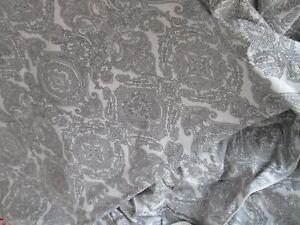 Ikea - King Size Duvet Cover Set - Grey/White