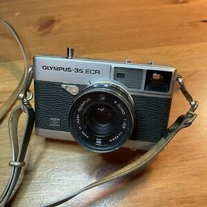Classic Olympus 35 ECR Camera For Parts Not Working
