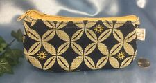 NEW Burt's Bees Floral Zipper Bag: Made of Paper: Cosmetic, Purse, Make-up.#9349