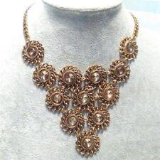 Bisutería conjunto collar y pendientes color bronce