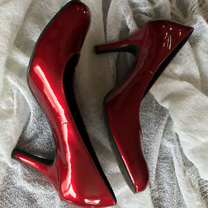 Gianni Bini Ruby Red Patent Leather shoes heel 8 women's pristine condition