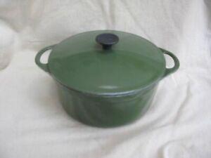 Le Creuset Cousances Cast Iron Round green 22cm Casserole Dish Pot Pan With Lid