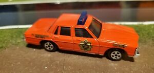 1:64 1980 Ertl Ft. Washington Fire Department Chief Pontiac Bonneville Mint IP