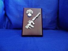 GRENADIER GUARDS CAP BADGE AND LIGHT SUPPORT WEAPON ( LSW ) PLAQUE