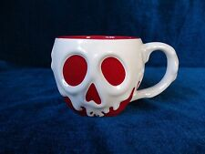 NEW DISNEY STORE SNOW WHITE POISON APPLE MUG EVIL QUEEN OLD HAG COFFEE TEA CUP