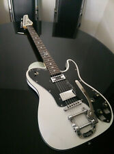 Schecter guitar with Bigsby Diamond series Pete Dee white