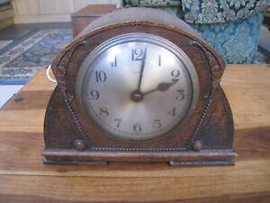 VINTAGE 1930s SMITHS WOODEN CASE MANTLE CLOCK ELECTRIC