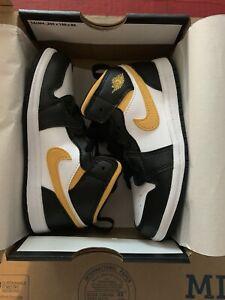 Nike Air Jordan 1 Mid White Pollen Black (TD) Size 10c 640735-177 **New**
