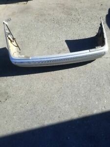 01 MERCEDES-BENZ E320 BRILLIANT SILVER METALLIC REAR BUMPER COVER OEM 2108852725
