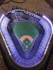 Danbury Mint Lighted New York Yankees Stadium