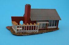 Faller 264 Wohnhaus Einfamilienhaus mit Terrasse und Pergola H0