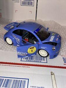 Burago 1/18 2000 VW New Beetle Cup Blue Racing Volkswagen Rare