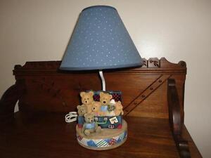 Toy Box Teddies Nursery Lamp KIDSLINE 8 Bears in a Suitcase Resin 15 inch