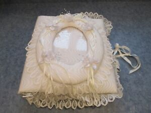 VINTAGE WHITE MOIRE LACE BRIDAL WEDDING PHOTO ALBUM HANDMADE EXCELLENT CONDITION