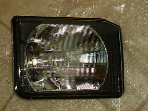 Land Rover Brand Discovery 2 1999-2002 Headlamp Headlight Pair Left & Right